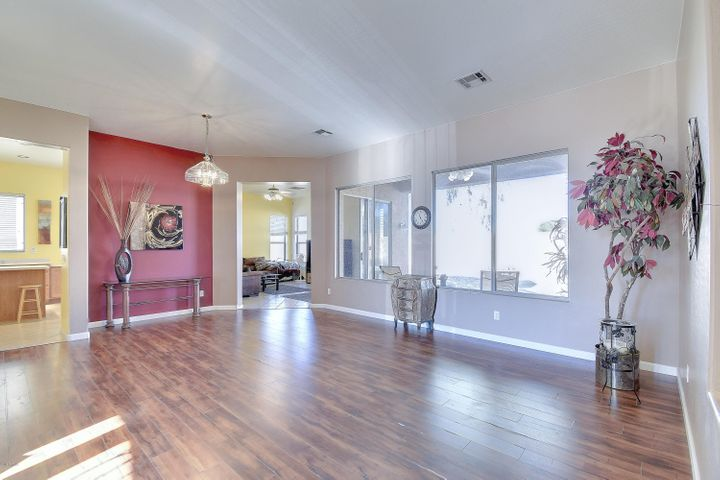 5168 W SAINT JOHN Road, Glendale, AZ 85308