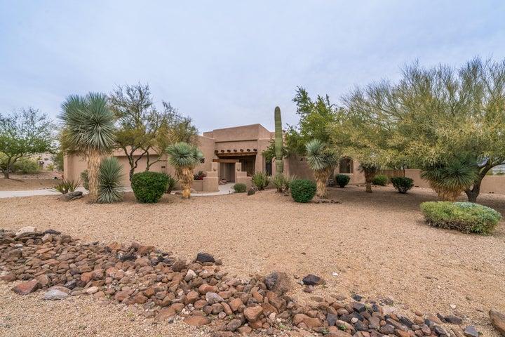 1416 W RESTIN Court, Phoenix, AZ 85086