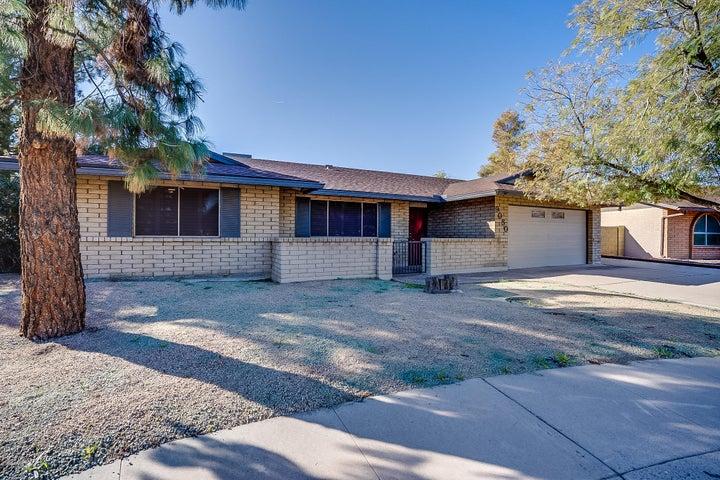 9050 N 49TH Drive, Glendale, AZ 85302