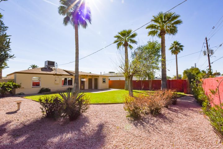 1530 E Edgemont Avenue, Phoenix, AZ 85006