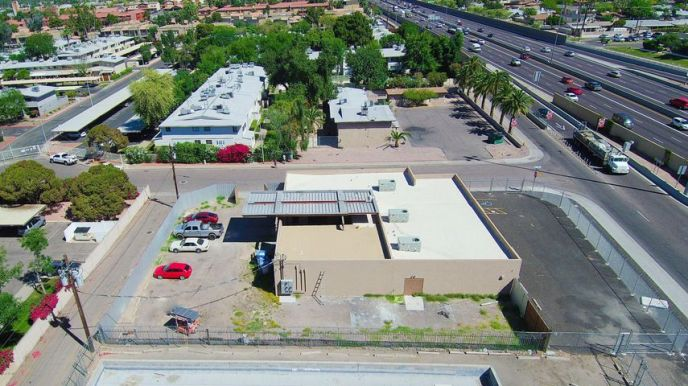 6050 N BLACK CANYON Highway, Phoenix, AZ 85017