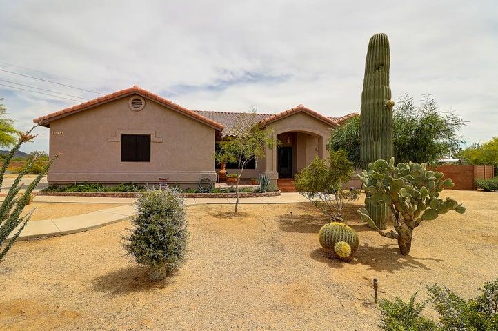 615 E Blue Eagle Lane, Phoenix, AZ 85086