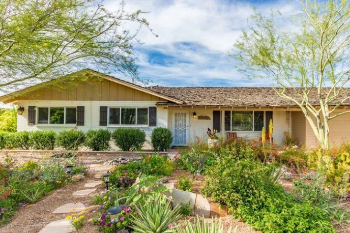 5902 E EDGEMONT Avenue, Scottsdale, AZ 85257