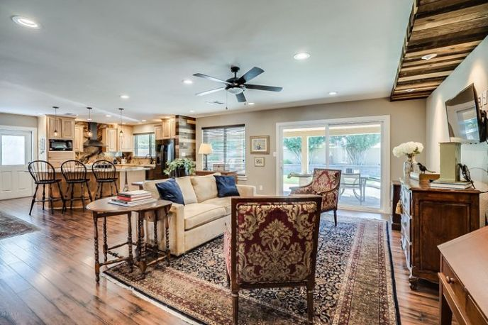 Milguard Tuscany Series windows and doors....LED recessed lighting; ceiling fans with remotes are located throughout the major rooms in this home...