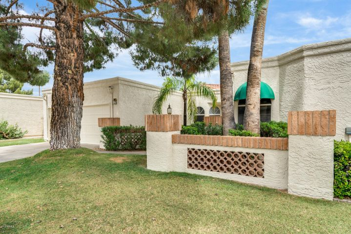 8915 N 83RD Street, Scottsdale, AZ 85258