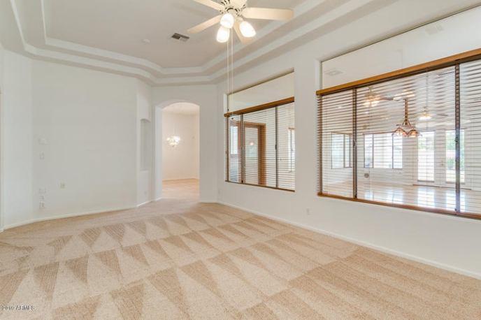 Formal Dinning Room/Living Room
