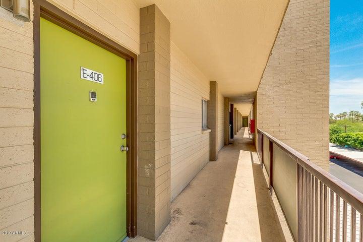 349 E THOMAS Road, E406, Phoenix, AZ 85012
