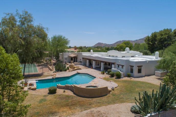 9401 N 53rd Place, Paradise Valley, AZ 85253