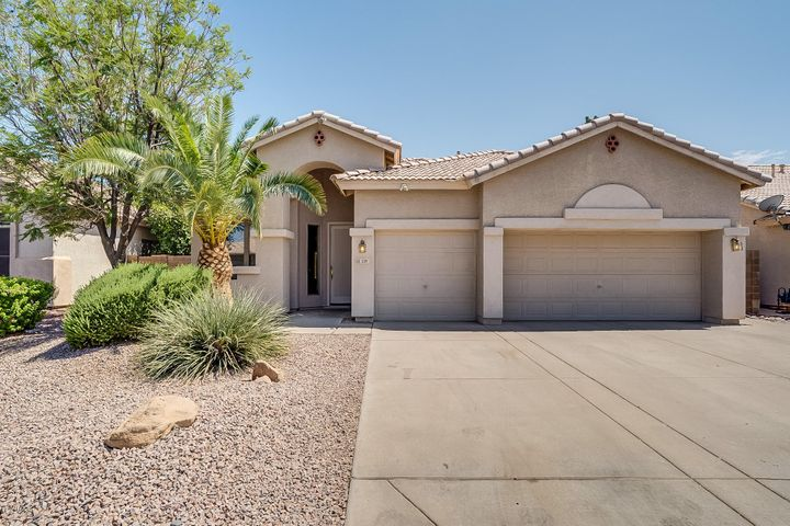 539 E GAIL Drive, Gilbert, AZ 85296