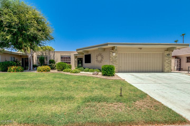 10316 W HUTTON Drive, Sun City, AZ 85351