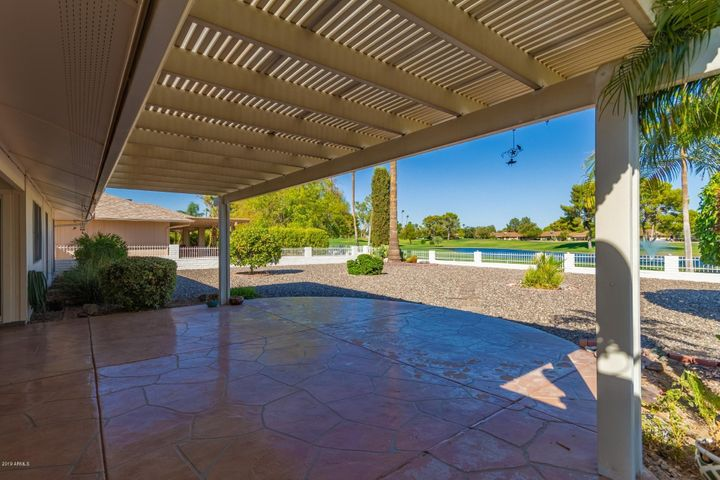 18619 N 132ND Avenue, Sun City West, AZ 85375