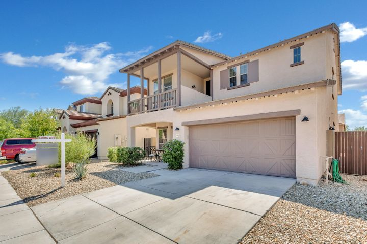 4423 W POWELL Drive, New River, AZ 85087