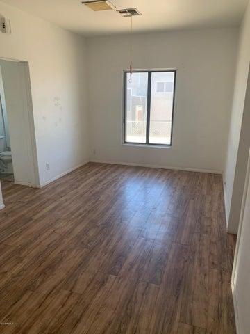 721 S 1ST Street, Phoenix, AZ 85004