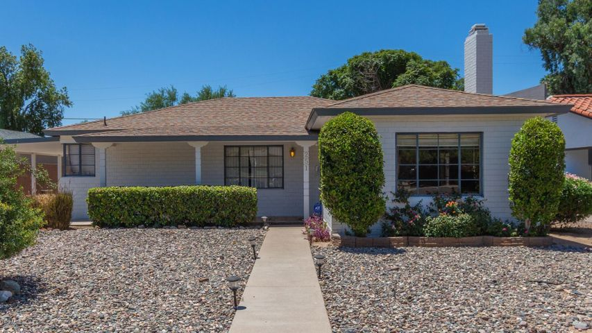 251 E PASADENA Avenue, Phoenix, AZ 85012