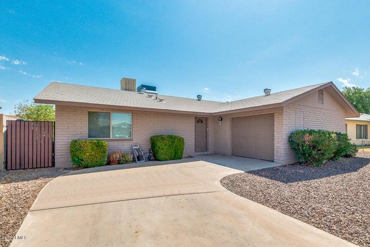 6033 N 72ND Lane, Glendale, AZ 85303