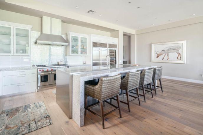 2 BILTMORE Estate, 107, Phoenix, AZ 85016