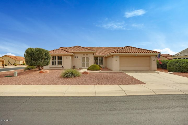 22901 N LAS VEGAS Drive, Sun City West, AZ 85375