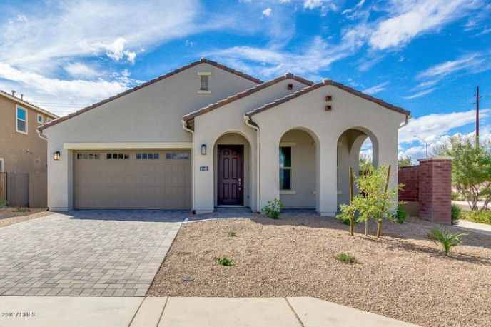 4348 S REDCLIFFE Drive, Gilbert, AZ 85297