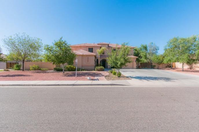 8376 W SAN JUAN Avenue, Glendale, AZ 85305