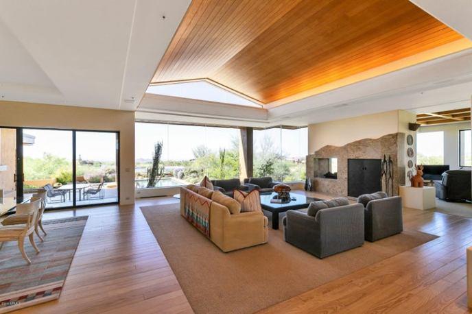 38250 N 102ND Street, Scottsdale, AZ 85262