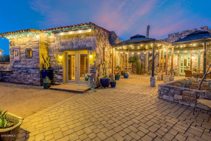 Welcome to your Tuscany-inspired Desert Sanctuary!