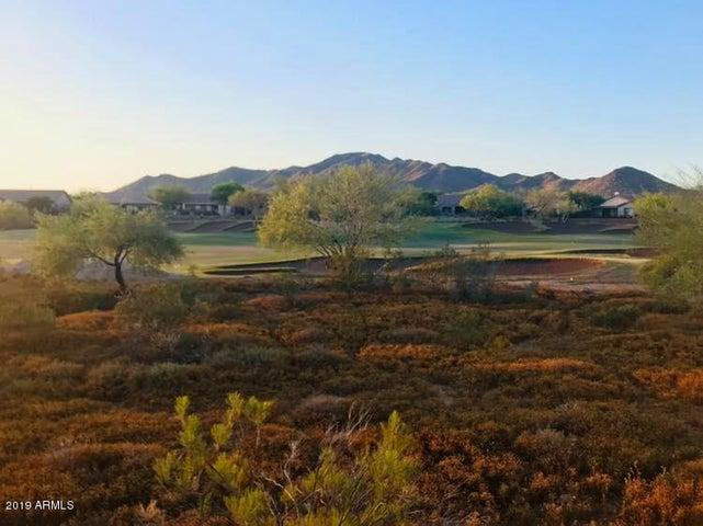 Amazing Golf & Mountain Views!