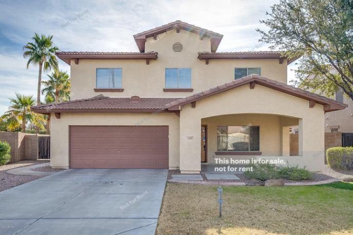 1297 E HAMPTON Lane, Gilbert, AZ 85295