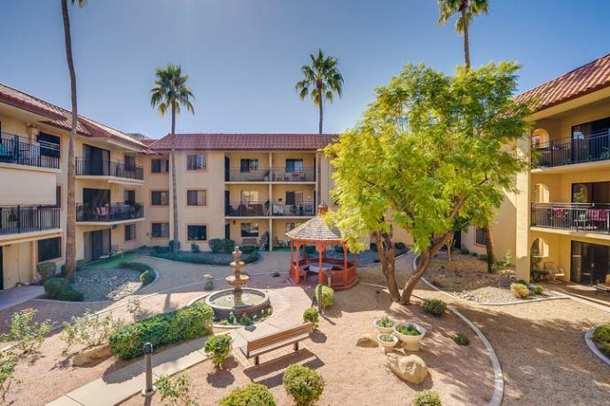 10330 W THUNDERBIRD Boulevard, A233, Sun City, AZ 85351