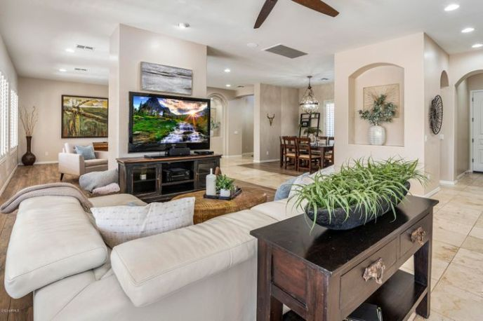 The San Mateo is one of the most sought after floor plans in this community.