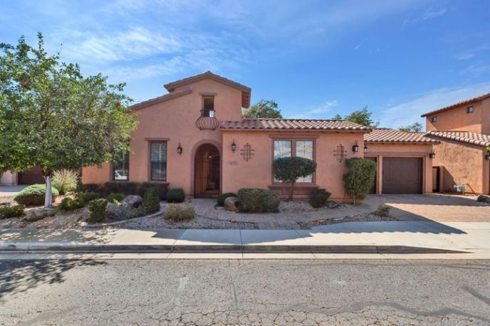 5633 E GROVERS Avenue, Scottsdale, AZ 85254