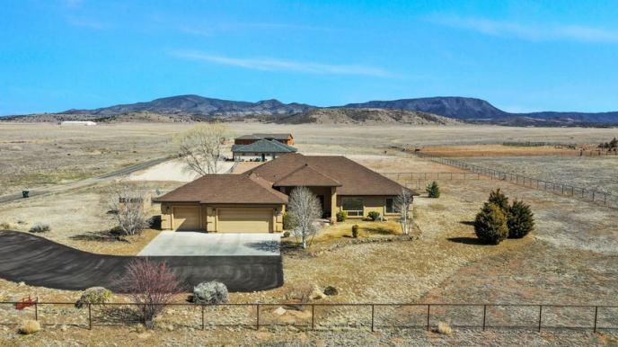9365 E SUMMER PRAIRIE Road, Prescott Valley, AZ 86315