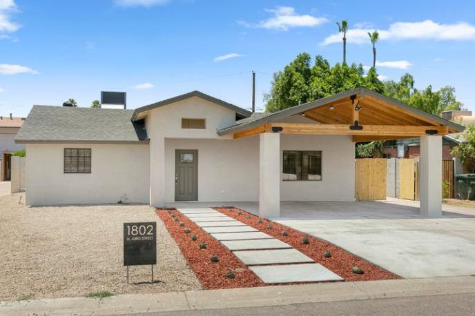 1802 N 43RD Street, Phoenix, AZ 85008