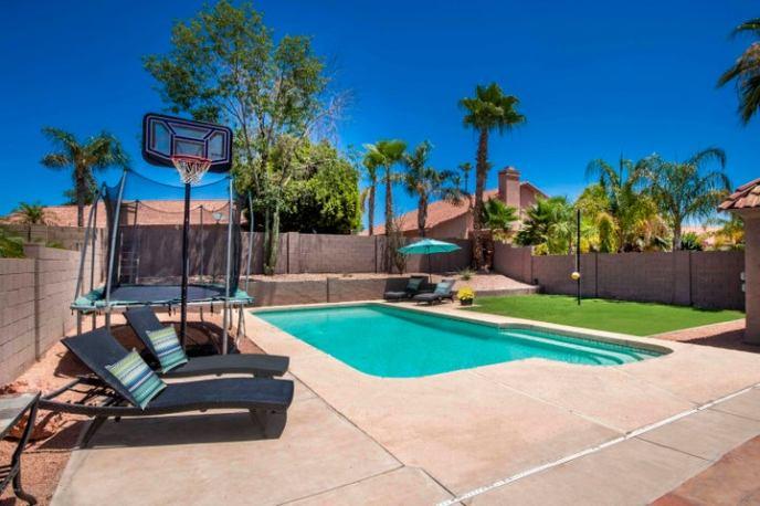3606 E VERDIN Road, Phoenix, AZ 85044
