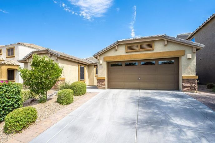 4026 E EXPEDITION Way, Phoenix, AZ 85050