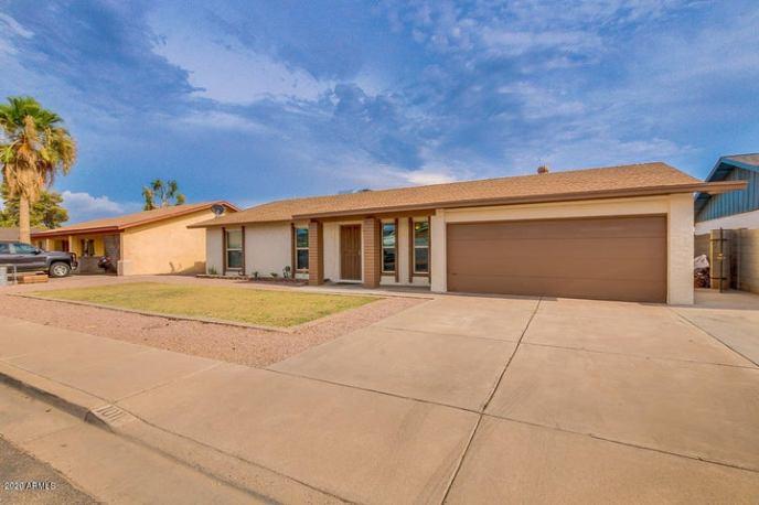 1011 E GARNET Avenue, Mesa, AZ 85204