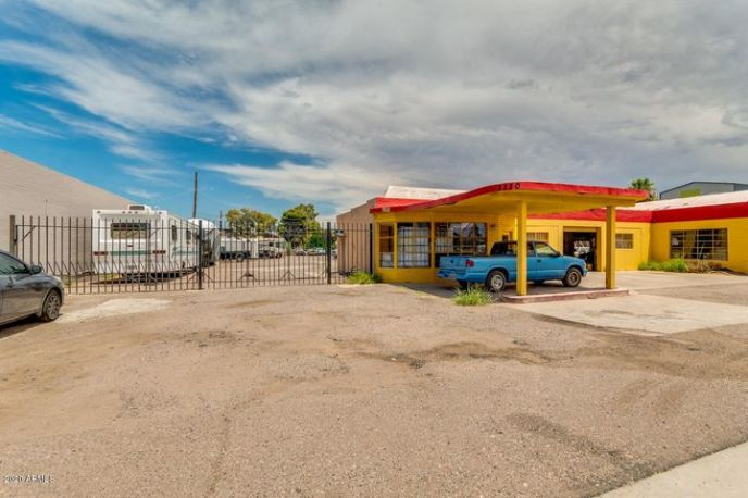 2318 W MAIN Street, Mesa, AZ 85201