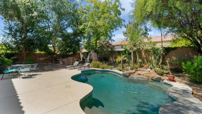 5338 E HARTFORD Avenue, Scottsdale, AZ 85254