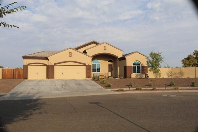 5471 N 83RD Drive, Glendale, AZ 85305