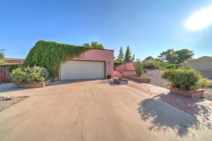2025 E DOWNING Street, Mesa, AZ 85213