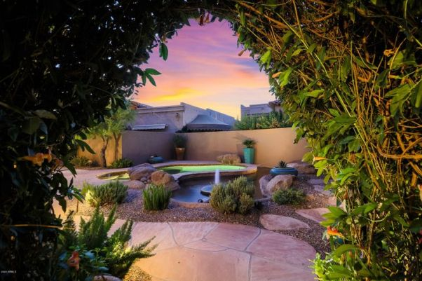 8626 N 84TH Place, Scottsdale, AZ 85258