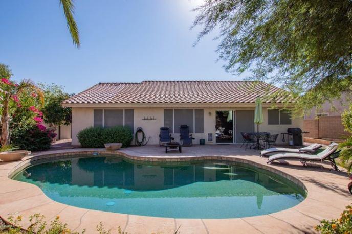 7238 W VIA DEL SOL Drive, Glendale, AZ 85310