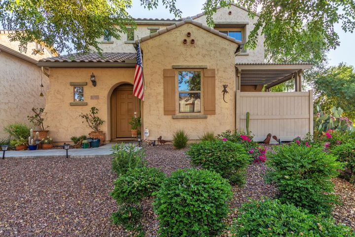 2215 W MONTE CRISTO Avenue, Phoenix, AZ 85023