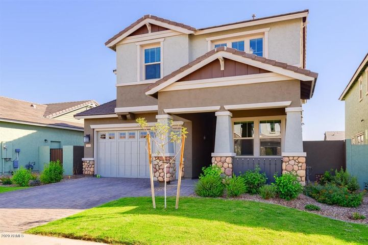3553 E PINTO Drive, Gilbert, AZ 85296
