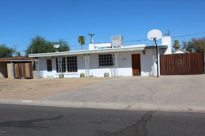 3214 E HUBBELL Street, Phoenix, AZ 85008