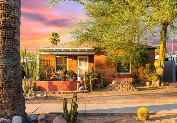 1318 E CORONADO Road, Phoenix, AZ 85006
