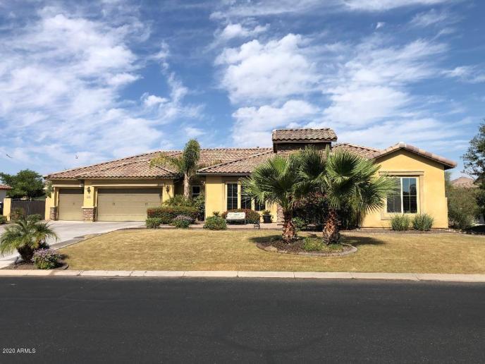 6902 E Ivyglen Street, Mesa, AZ 85207