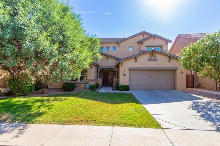 1379 E CANYON CREEK Drive, Gilbert, AZ 85295