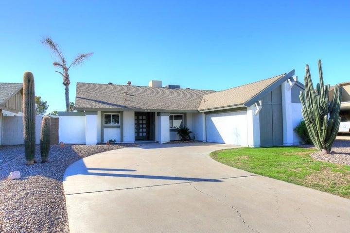 2533 E Larkspur Drive, Phoenix, AZ 85032
