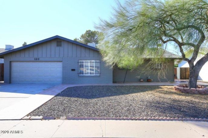 123 E ERIE Drive, Tempe, AZ 85282