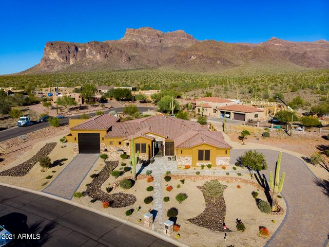7181 E GRAND VIEW Lane, Apache Junction, AZ 85119